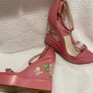 Christian Dior pink embroidered wedge.